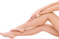 表皮のケア・真皮のケア・筋肉のケアと、目的に応じた有効成分でアンチエージングにアプローチ
